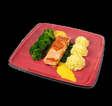 Salmon with broccoli and saffron sauce