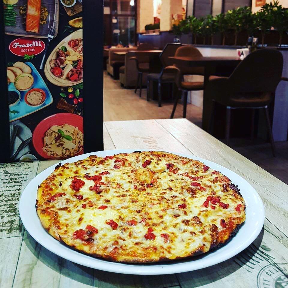 Резервирайте маса в ресторанти Fratelli Варна за вашия специален повод!